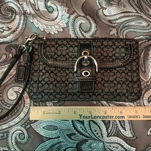 Coach Bags - Coach wristlet, like new